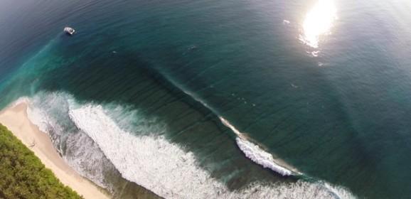 El mejor Surf en Indonesia desde un Drone